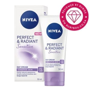 NIVEA Perfect & Radiant Sensitive Day Cream SPF 15.-0